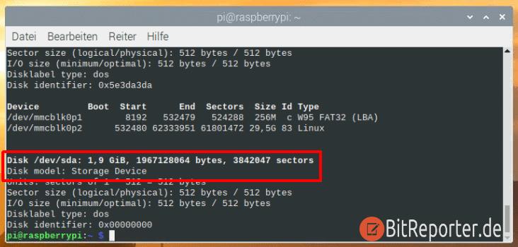 Bezeichnung des USB-Sticks auf der Kommandozeile herausfinden.